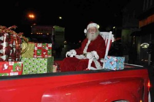 Annual Christmas Parade through Downtown Historic District @ Town Hall Clifton Forge Va   Clifton Forge   Virginia   United States
